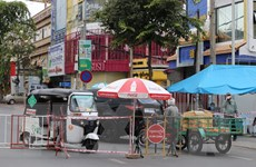 """Campuchia triển khai """"chợ di động"""" bán hàng cho người dân bị phong tỏa"""