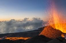 Pháp: Hai người thiệt mạng tại khu vực núi lửa phun trào ở đảo Reunion