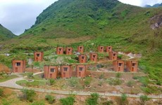 Khu nghỉ dưỡng với các ngôi nhà hình Quẩy Tấu xác lập kỷ lục Việt Nam