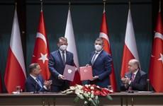 Thổ Nhĩ Kỳ lần đầu bán máy bay không người lái cho thành viên NATO