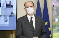 Thủ tướng Pháp tự cách ly sau khi phu nhân dương tính với SARS-CoV-2