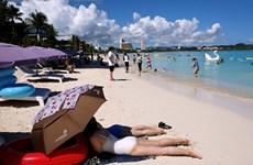 """Guam triển khai chương trình """"nghỉ dưỡng vaccine"""" để thúc đẩy du lịch"""