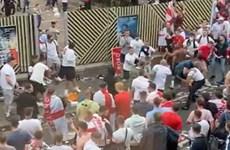 Cổ động viên Anh ẩu đả dữ dội vì không có vé xem chung kết EURO 2020