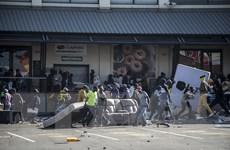 Nam Phi triển khai quân đội bảo vệ cơ sở trọng yếu để ngăn bạo lực