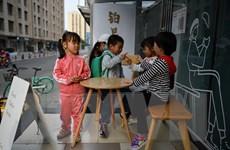 Trung Quốc chính thức thông qua luật sửa đổi cho phép sinh con thứ 3