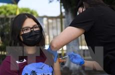 CDC Mỹ: Tiêm chủng vaccine đầy đủ giảm nguy cơ tử vong tới 11 lần