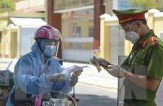 Thành phố Hồ Chí Minh: Doanh nghiệp tự tổ chức xét nghiệm cho shipper