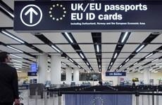 Anh không chấp nhận thẻ định danh của Liên minh châu Âu