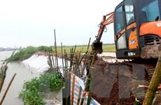 Hoàn lưu bão số 8 và mưa lớn gây nhiều thiệt hại cho các địa phương