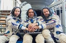 Đoàn làm phim Nga trở về Trái Đất sau 12 ngày ghi hình trên trạm ISS