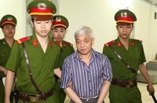 [Video] Bị cáo Nguyễn Đức Kiên cùng 8 đồng phạm ra hầu tòa