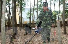 [Video] Quảng Trị phát hiện quả bom nặng gần 500kg gần sông Sê Pôn
