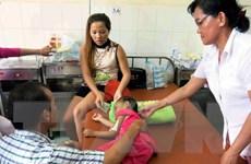 [Video] Bé gái 4 tuổi bị bạo hành đã được xuất viện