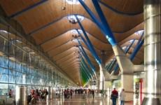 [Video] Sân bay Madrid phát lệnh khẩn vì trường hợp nghi nhiễm Ebola