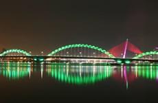 Đà Nẵng: Bắt đầu thi công trám vết nứt của Cầu Rồng