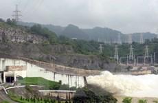 12 giờ ngày 11/8 mở một cửa xả đáy Thủy điện Hòa Bình