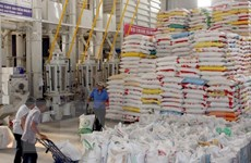 Đề xuất bãi bỏ thuế VAT 5% với tiêu thụ gạo trong nước
