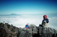 [Photo] Chinh phục thiên đường hạ giới trên đỉnh Bạch Mộc Lương Tử