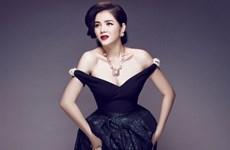 Lý Nhã Kỳ bảo trợ cho triển lãm thời trang cao cấp tại Pháp