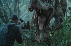 """""""Jurassic World"""" vượt mốc doanh thu phòng vé 1 tỷ USD toàn cầu"""
