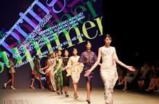 [Photo] Đêm Ready to Wear mở màn Tuần thời trang Việt Nam Xuân Hè 2016