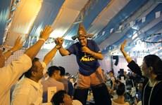 [Photo] Tưng bừng không khí đêm khai mạc Lễ hội bia Đức 2015 ở Hà Nội