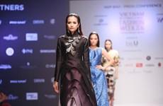 Sẽ có hơn 20 show diễn ấn tượng tại Vietnam International Fashion Week