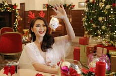 Đêm tiệc Giáng sinh đầy màu sắc của thí sinh Hoa hậu Hoàn vũ Việt Nam