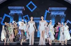 [Photo] Hoa hậu, Á hậu lộng lẫy trên sàn diễn thời trang