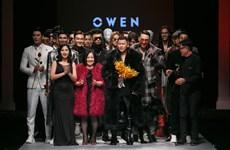 Dàn 'nam nhân' khoe body 6 múi trong trang phục dạ tiệc của Owen