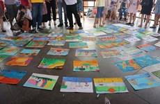 Cùng khám phá thế giới với các em nhỏ đam mê nghệ thuật