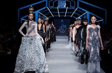 Tuần thời trang quốc tế Xuân Hè công bố nhiều tên tuổi trứ danh