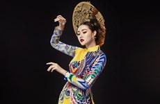 Miss International: Tường San băn khoăn chọn trang phục truyền thống