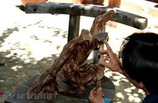 [Video] Người 'giữ lửa' cho nghề mộc thủ công nức tiếng Kim Bồng