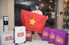 Ái Nhi mang hơn 80 kg hành lý lên đường dự thi Miss Intercontinental