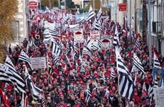 Biểu tình phản đối chính sách thuế của chính phủ Pháp