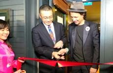 Đầu bếp Bobby Chinn mở nhà hàng Việt ở London