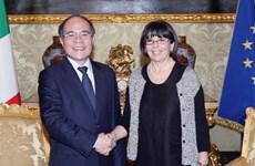 Chủ tịch Quốc hội hội đàm với Phó Chủ tịch Hạ viện Italy