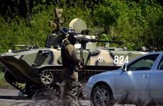Ukraine: Quân ly khai tuyên bố phá hủy kho đạn phốt pho