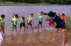 Ninh Thuận diễn tập cứu hộ du khách bị đuối nước khi tắm biển