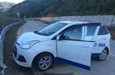 Truy nã đối tượng bỏ trốn trong vụ cướp xe taxi tại đèo Lò Xo