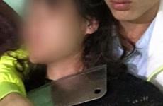 """Giải cứu con tin bị đối tượng """"ngáo đá"""" kề dao vào cổ đe dọa"""
