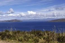 Bolivia và Peru thỏa thuận làm sạch hồ nước ngọt lớn nhất Nam Mỹ