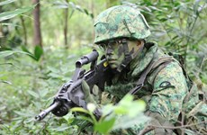 Lực lượng vũ trang Singapore tiến hành tập trận bắn đạn thật