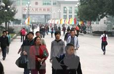 Phạt 4 người Trung Quốc lợi dụng đi du lịch để kinh doanh trái phép