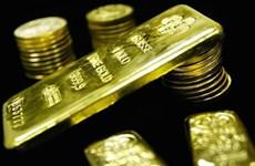 Giá vàng giảm gần 3% sau tuần tăng mạnh nhất trong hơn 4 năm
