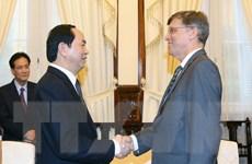 Chủ tịch nước Trần Đại Quang tiếp Đại sứ Australia chào từ biệt