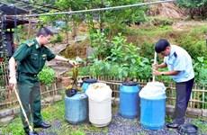 Bắt giữ 900kg măng chua, dưa muối nhập lậu từ Trung Quốc