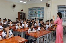 """Cuộc """"chạy đua"""" vào các lớp đầu cấp tại Hà Nội đang nóng dần"""