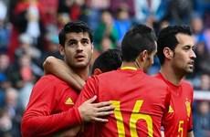 """[News Game] Đội tuyển Tây Ban Nha có làm nên """"cú ăn ba""""?"""